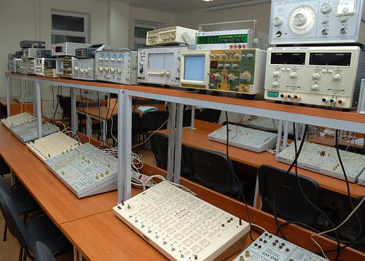 Лабораторные стенды